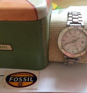 Часы женские fossil