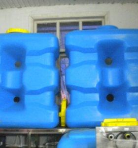 Емкость для воды 1куб.