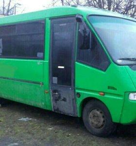 Автобус Iveco Thesi