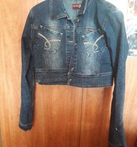 Куртка джинсовая(джинсовка)