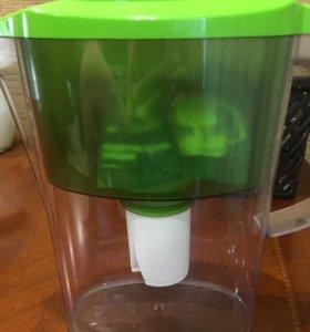 Фильтр для воды новый барьер с картриджем