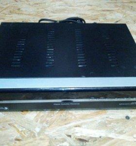 Спутниковый ресивер DVB-S9800IR