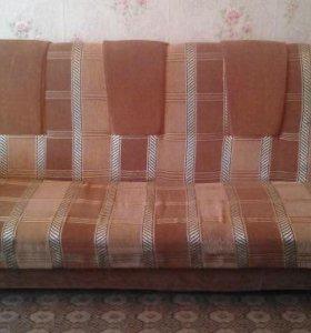 В ст. Барсуковской продается диван и 2 кресла