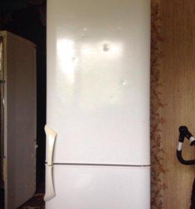 Холодильник Бирюса не рабочий
