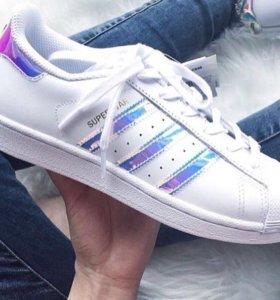 Кроссовки Adidas 38,40,41 маломерки