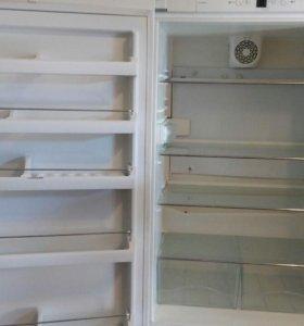 Холодильник Либхер СР 4613