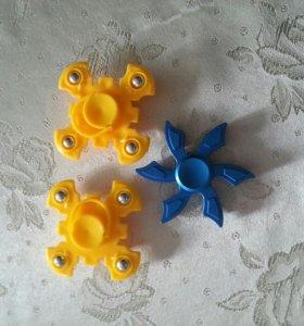 Спиннер игрушка антистрессовая.
