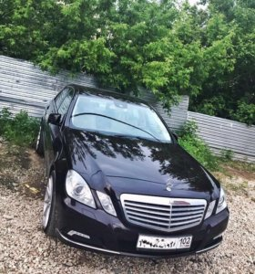 Продам Mercedes-Benz е300