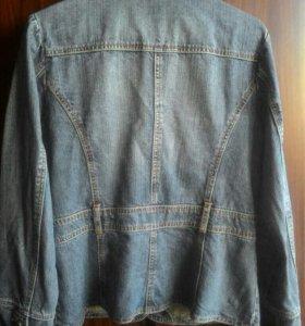 Джинсовая куртка,р46/48