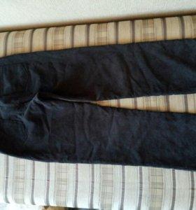 Брюки для беременных с фиксирующей резинкой на поясе. Длина брюк 96см. Вельветовые на флисе.