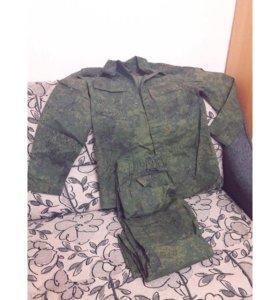Камуфляжный костюм/летний (размер 58/5 маломерка)