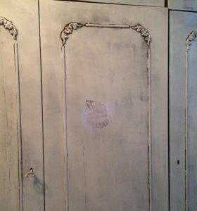 Винтажные шкаф
