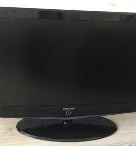 Телевизор Samsung диагональ 102см(40дюймов)
