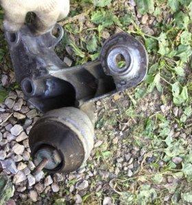 Подушка мотора Volkswagen Passat b5