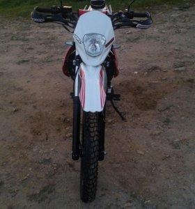 X-MOTO ZR200