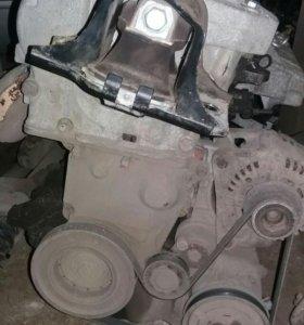 Renault Megane II двигатель 1.4