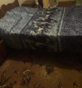 Кровать и тумбы б/У