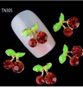 Стразы 3D для дизайна ногтей