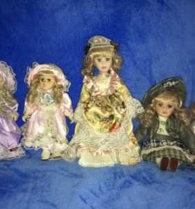 5 фарфоровых кукол