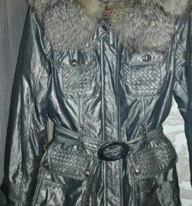 Куртка зимняя,в отличном состоянии