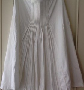 Продам брендовую шикарную юбку