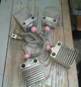 диоды В-200 с радиаторами