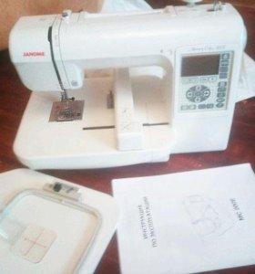 Вышивальная машина Janome Memory Craft 200E