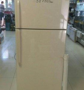 Холодильник двухкамерный Hisense RD -65WR4SAY