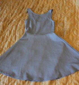 Платье голубое HM