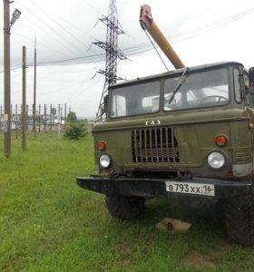ГАЗ-66 Автобур (бурильно-крановая машина)