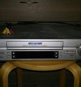 Видеомагнитофон PanasonicNV-FJ720