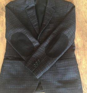 Новый стильный школьный пиджак 1-2 класс