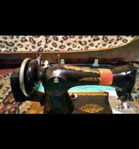 Ручная швейная машинка Подольск