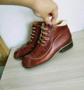 Ботинки, натуральная кожа 37 р