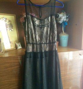 Платье нарядное S