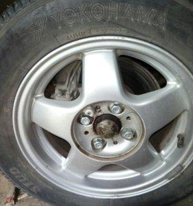 Колёса с литыми дисками