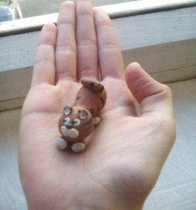 Кошечка из глины ручная работа