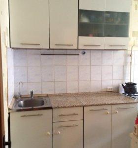 Кухня(кухонный гарнитур)