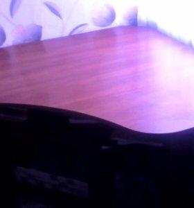 Угловой стол