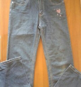 Хорошие джинсы на девочку 8-10лет