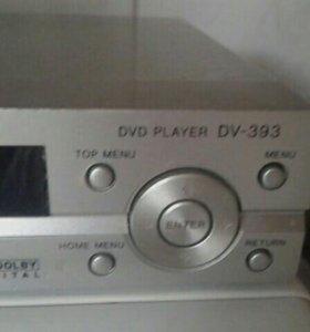 Продам DVD плеер.
