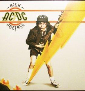 AC/DC - High Voltage (LP)