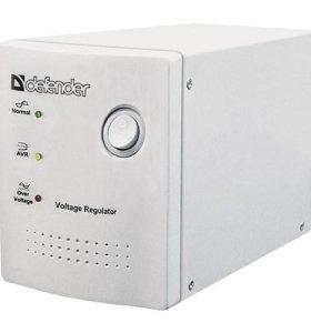 Стабилизатор напряжения Defender AVR REAL 1000 VA