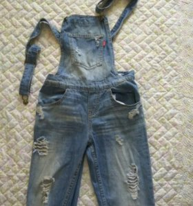 Комбинезон джинсовый на девочку