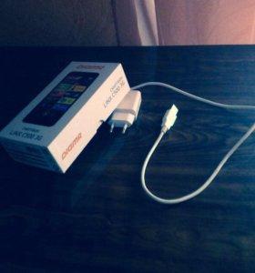 Смартфон-Digma LINX C5000 3G.
