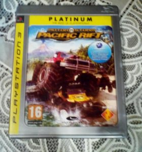 Игра на ps3 motor storm PAKIFIC RIFT.