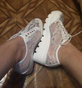 Эффектная обувь