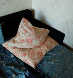 Подушка перьевые