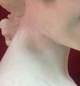 Мраморный бюст девушки 1899г,Флоренция