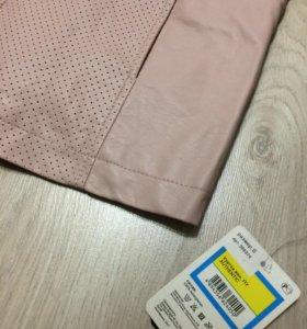 Куртка розовая, новая кожанка
